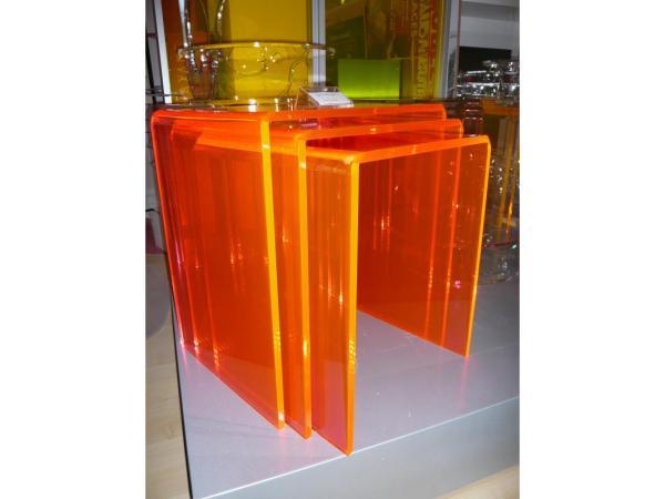 Fiche produit bcf plv decoration ma tre en formes - Table gigogne plexi ...